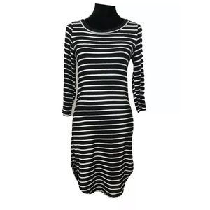 HEART & HIPS STRIPED CASUAL DRESS SIZE M
